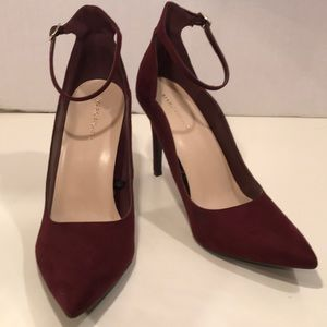 Marc Fisher Maroon Pointed Toe Ankle Strap Size 11